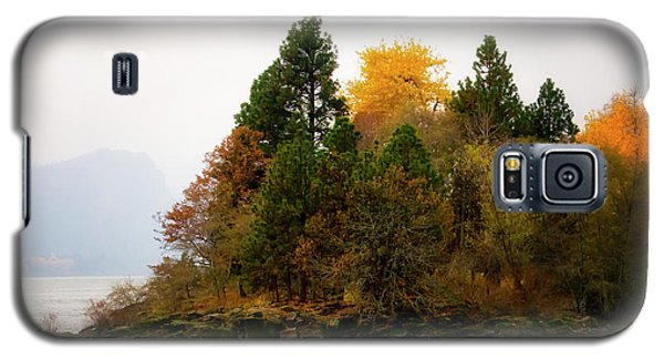 Galaxy S5 Case featuring the photograph Autumn On The Columbia by Albert Seger