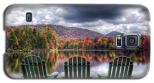 Galaxy S5 Case featuring the photograph Autumn On West Lake by David Patterson