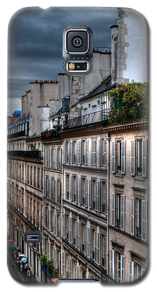 Autumn Rain Paris France Galaxy S5 Case by Tom Prendergast