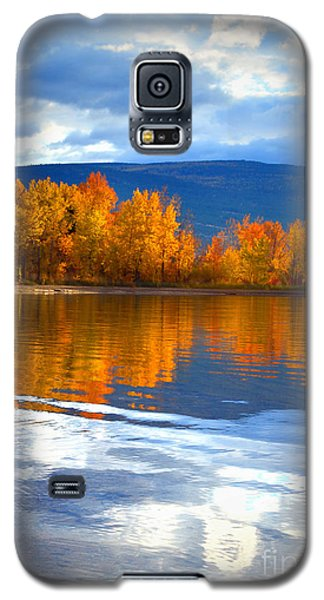 Autumn Reflections At Sunoka Galaxy S5 Case