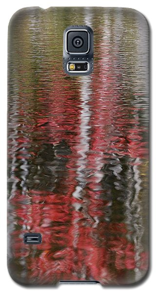 Galaxy S5 Case featuring the photograph Autumn Water Color by Susan Capuano