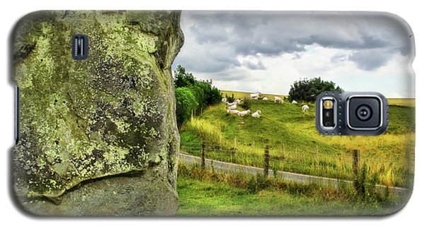 Avebury Standing Stone And Sheep Galaxy S5 Case