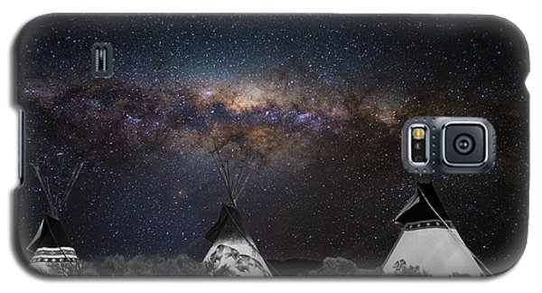 Galaxy S5 Case featuring the photograph Awesome Skies by Carolyn Dalessandro