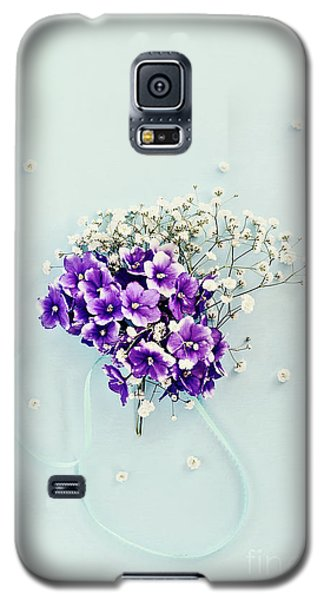 Galaxy S5 Case featuring the photograph Baby's Breath And Violets Bouquet by Stephanie Frey