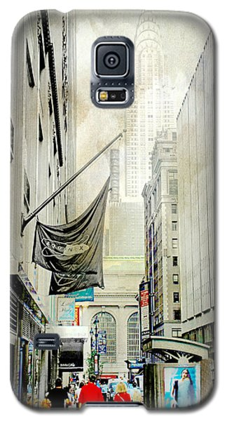 Galaxy S5 Case featuring the photograph Back To You by Diana Angstadt