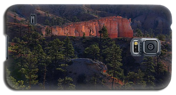 Galaxy S5 Case featuring the photograph Backlit Hoodoos At Sunrise by Stephen  Vecchiotti