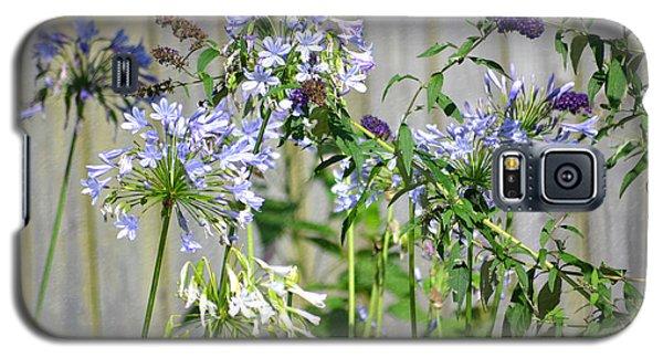 Backyard Flowers Galaxy S5 Case