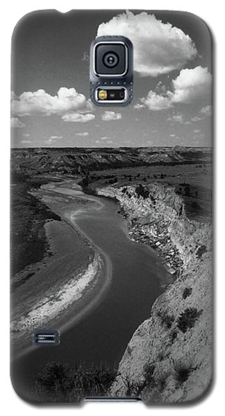 Badlands, North Dakota Galaxy S5 Case by Art Shimamura