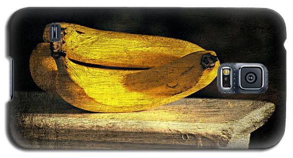 Galaxy S5 Case featuring the photograph Bananas Pedestal by Diana Angstadt