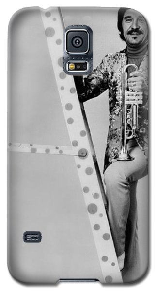 Johnny Carson Galaxy S5 Case - Band Leader Doc Severinson 1974 by Mountain Dreams
