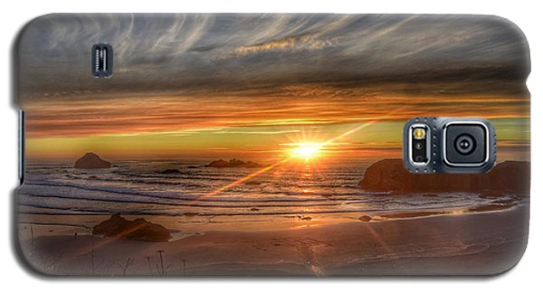 Galaxy S5 Case featuring the photograph Bandon Sunset by Bonnie Bruno