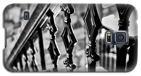 Bannister B_w Galaxy S5 Case by John McArthur