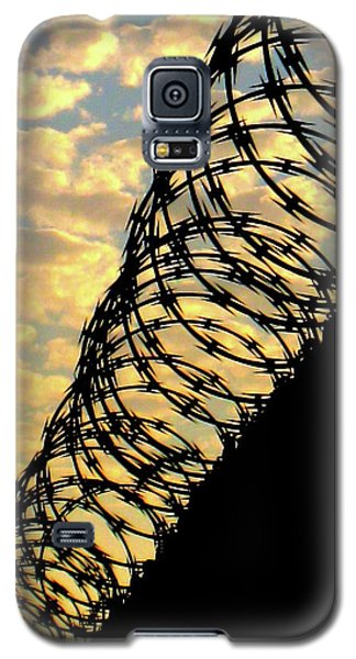 Barbed Sunset Galaxy S5 Case by John King