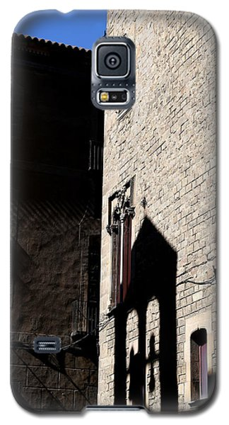 Galaxy S5 Case featuring the photograph Barcelona 2 by Andrew Fare