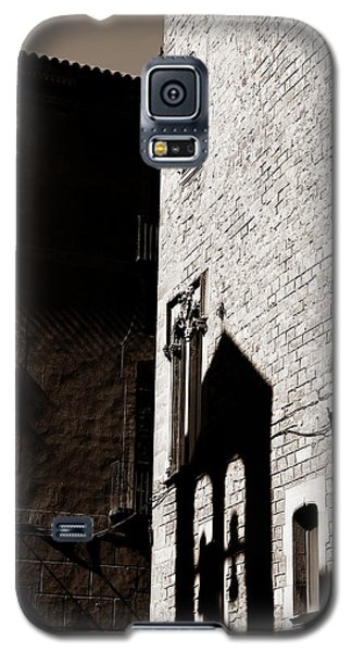 Galaxy S5 Case featuring the photograph Barcelona 2b by Andrew Fare