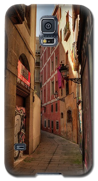 Galaxy S5 Case featuring the photograph Barcelona - Gothic Quarter 003 by Lance Vaughn