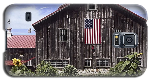 Barn And American Flag Galaxy S5 Case