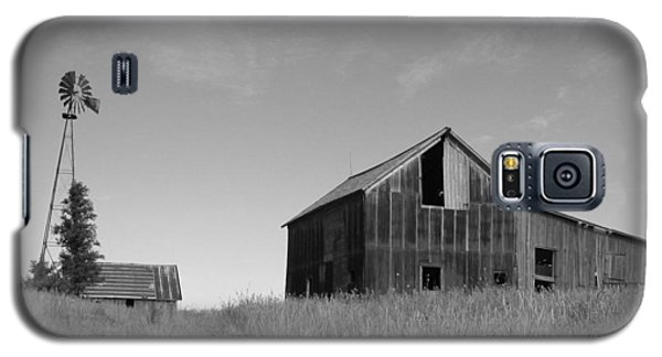Barn And Windmill II Galaxy S5 Case