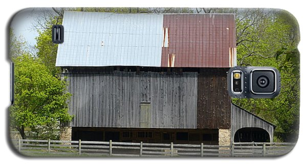 Galaxy S5 Case featuring the photograph Barn Of Fair Hill by Donald C Morgan