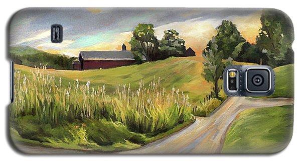 Barn On The Ridge In West Newbury Vermont Galaxy S5 Case