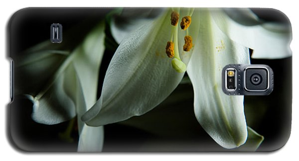 Basic White Lily Galaxy S5 Case