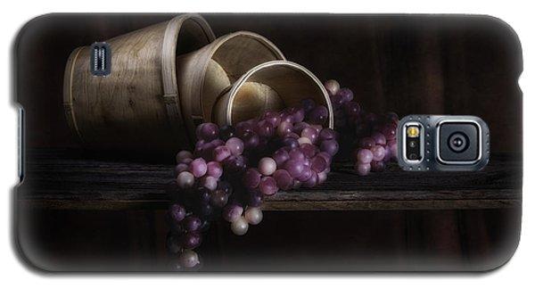 Basket Of Grapes Still Life Galaxy S5 Case by Tom Mc Nemar