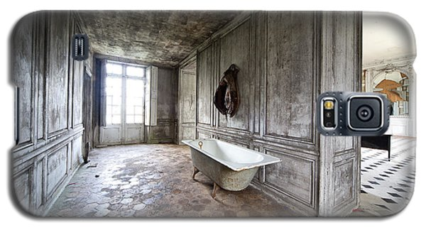 Bathroom Decay - Urban Exploration Galaxy S5 Case