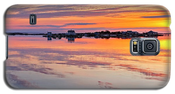 Galaxy S5 Case featuring the photograph Bay Sunrise by Mike Lang