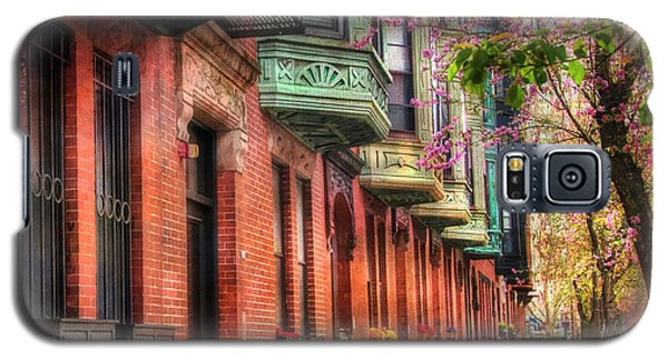 Bay Village Brownstones And Cherry Blossoms - Boston Galaxy S5 Case by Joann Vitali