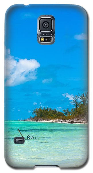 Beach At North Bimini Galaxy S5 Case by Ed Gleichman
