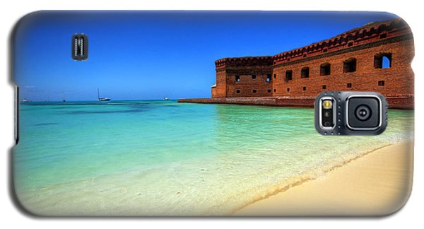 Galaxy S5 Case featuring the photograph Beach Fort. by Evelyn Garcia