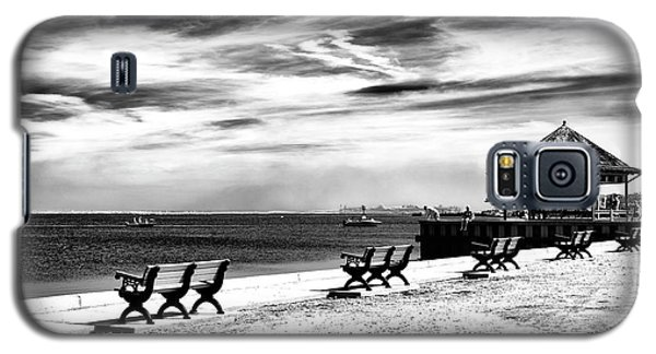 Galaxy S5 Case featuring the photograph Beach Haven Bliss by John Rizzuto