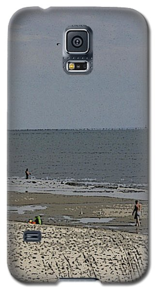 Beach House Backyard Galaxy S5 Case by Skyler Tipton