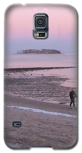 Beach Stroll Galaxy S5 Case by John Scates