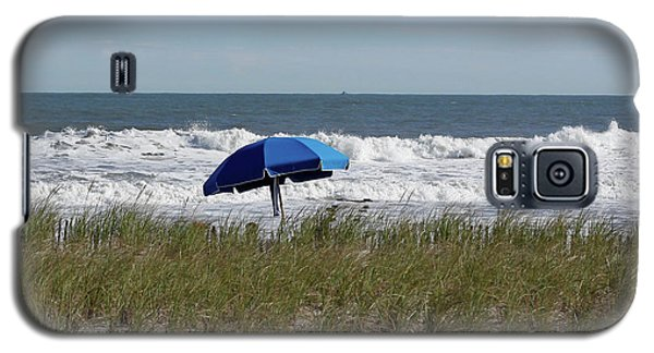 Galaxy S5 Case featuring the photograph Beach Umbrella by Denise Pohl