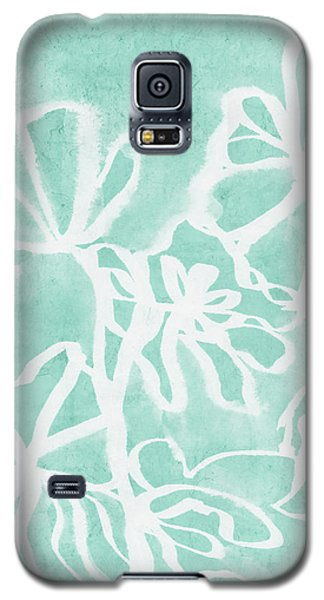Galaxy S5 Case featuring the mixed media Beachglass And White Flowers 2- Art By Linda Woods by Linda Woods