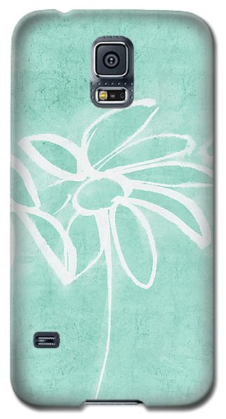 Galaxy S5 Case featuring the mixed media Beachglass And White Flowers 3- Art By Linda Woods by Linda Woods
