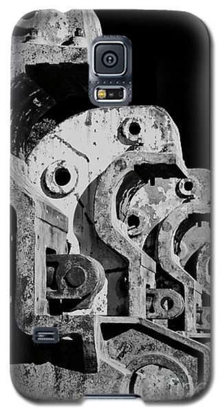 Galaxy S5 Case featuring the photograph Beam Bender - Bw by Werner Padarin