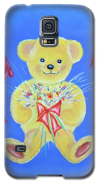 Galaxy S5 Case featuring the pastel Bear With Flowers by Elizabeth Lock