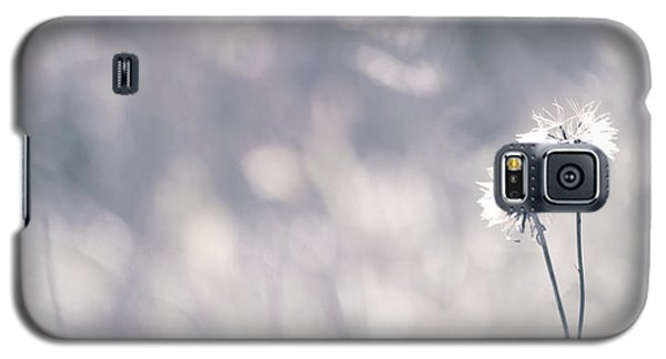 Galaxy S5 Case featuring the photograph Beaute Des Champs - 0101 by Variance Collections