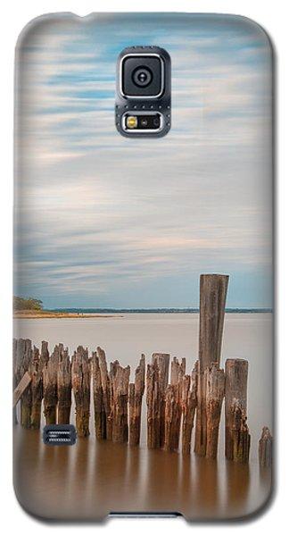 Beautiful Aging Pilings In Keyport Galaxy S5 Case