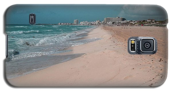 Galaxy S5 Case - Beautiful Beach In Cancun, Mexico by Nicolas Gabriel Gonzalez