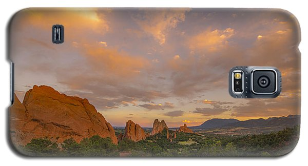 Beautiful Earth And Sky Galaxy S5 Case