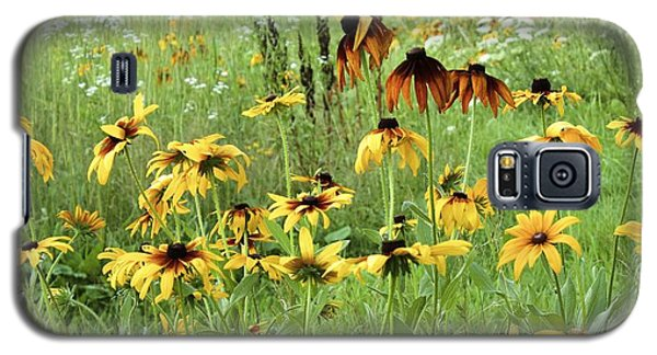 Galaxy S5 Case featuring the photograph Beautiful The Way It Is by Colleen Williams