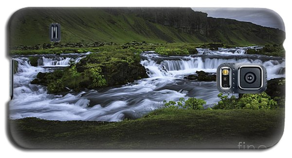 Beauty Is Everywhere In Iceland Galaxy S5 Case by Nancy Dempsey