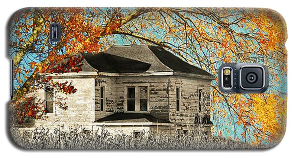 Beauty Surrounds Deserted Home Galaxy S5 Case by Kathy M Krause