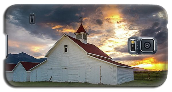 Sangre De Cristo Galaxy S5 Case - Beckwith Ranch At Sunset With Crepuscular Rays And Virga by Bridget Calip