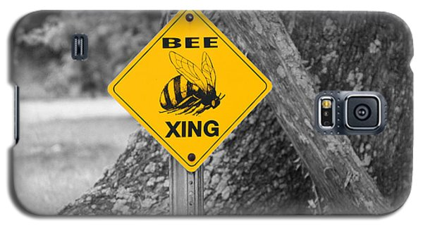 Bee Crossing Galaxy S5 Case