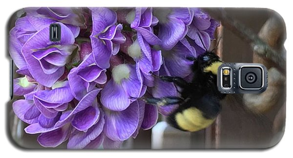 Galaxy S5 Case featuring the painting Bee On Native Wisteria by Angela Annas