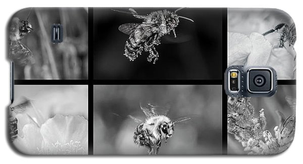 Bees In Flight In Black And White Galaxy S5 Case
